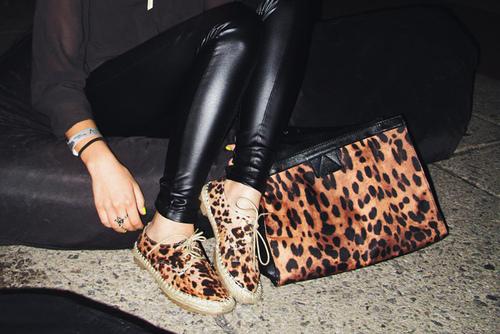 snapshot: [leopard] clutches & shiny legwear.