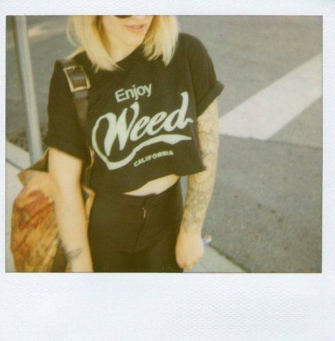 0BSESSION: the [enjoy] Cali crop T.